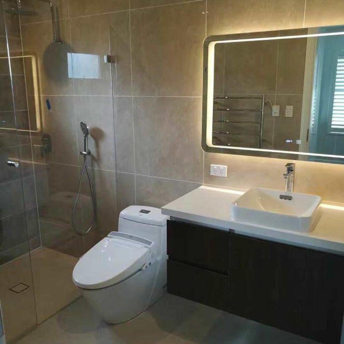 Modern-luxury-bathroom-total-home-design-img_6fa1da470a0d0f19_16-8342-1-9c37313